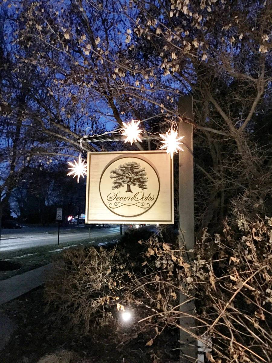 Title Seven Oaks - Bed & Breakfast - Lake Geneva Wisconsin