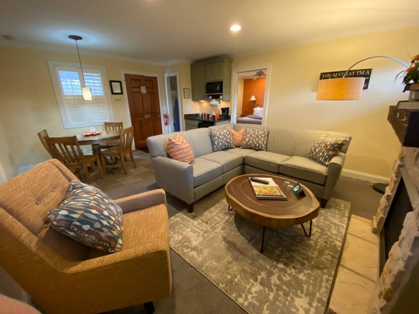 Windermere Living / Dining Room